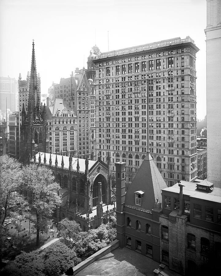 1900s Photograph - Trinity Church Churchyard by Detroit Publishing Company