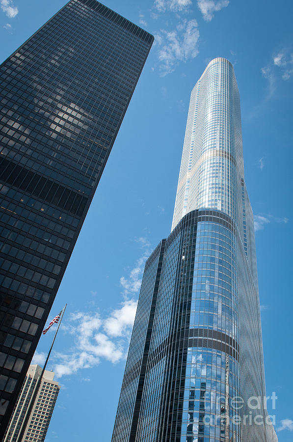 Chicago Downtown Photograph - Trump Tower and IBM Building in Chicago by Dejan Jovanovic