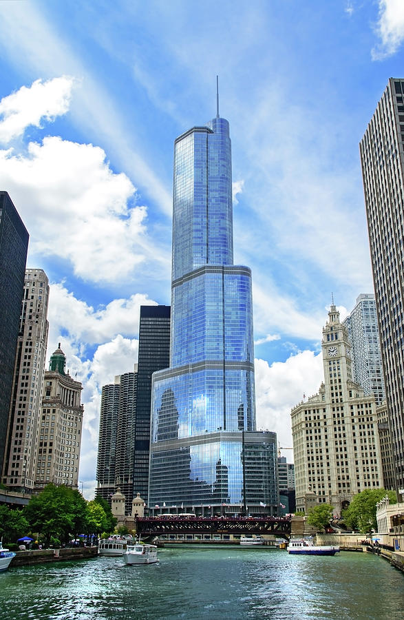 Trump Tower In Chicago Illinois Photograph by Ghornephoto