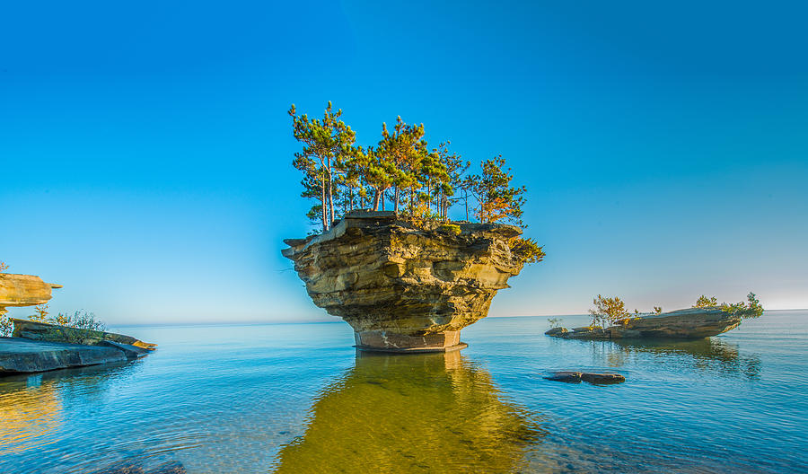 Turnip Rock by Paul Johnson