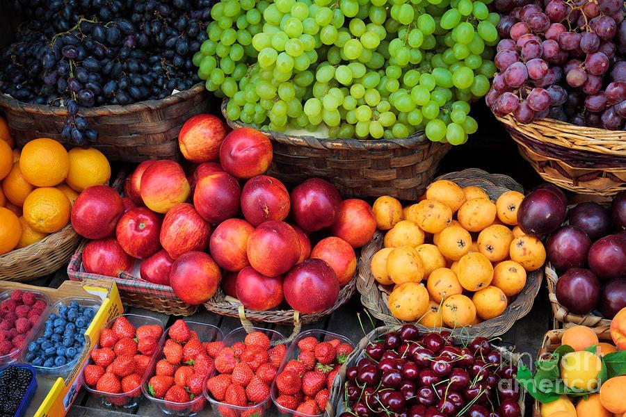 Europe Photograph - Tuscan Fruit by Inge Johnsson