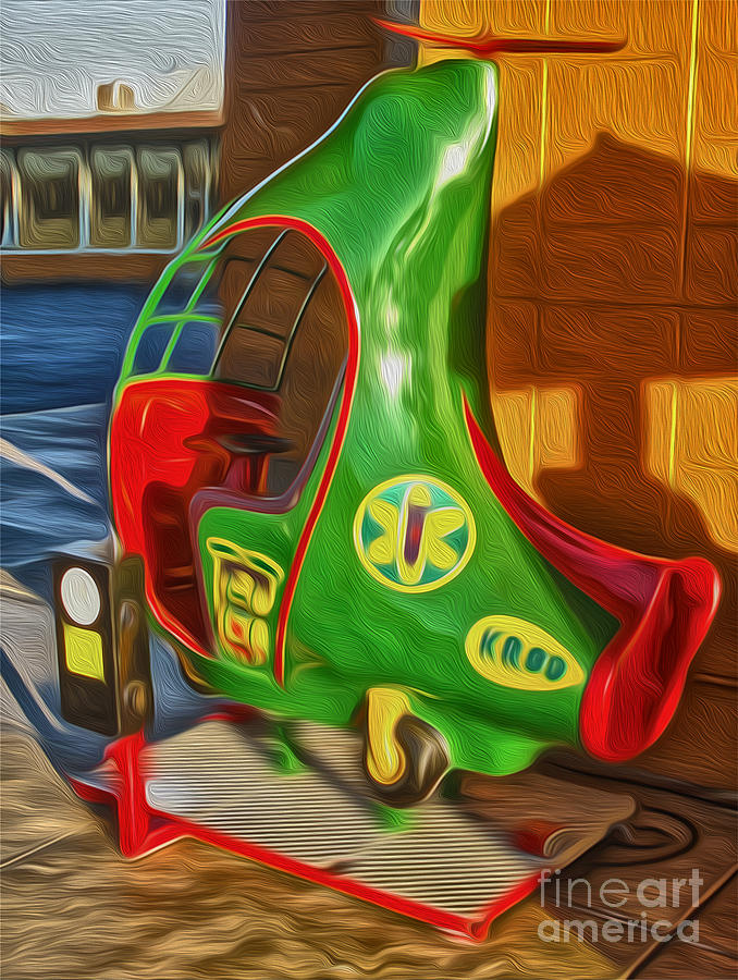 Twirly Bird - Red And Green Painting by Gregory Dyer