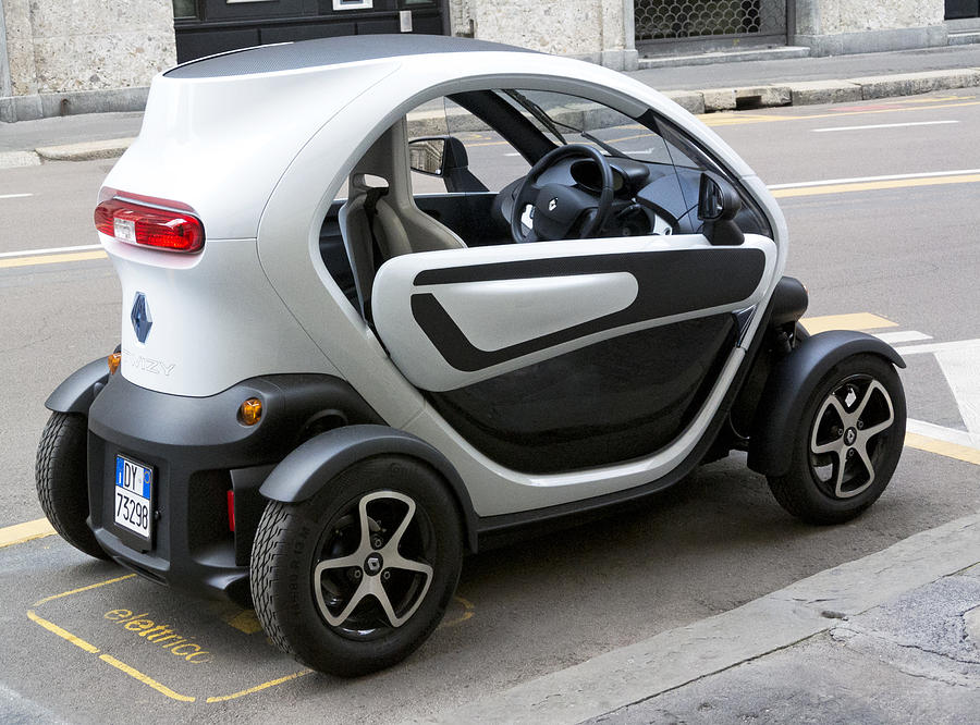 twizy rental electric car side and back milan italy. Black Bedroom Furniture Sets. Home Design Ideas