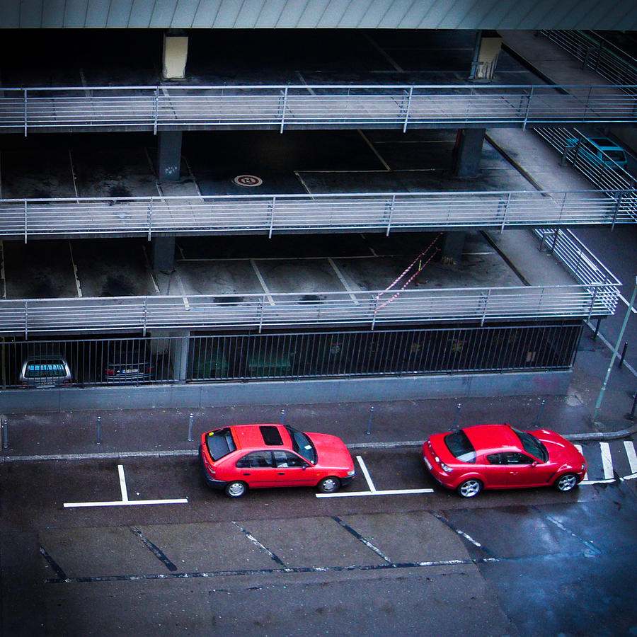 Red Photograph - Two red cars in the city by Matthias Hauser
