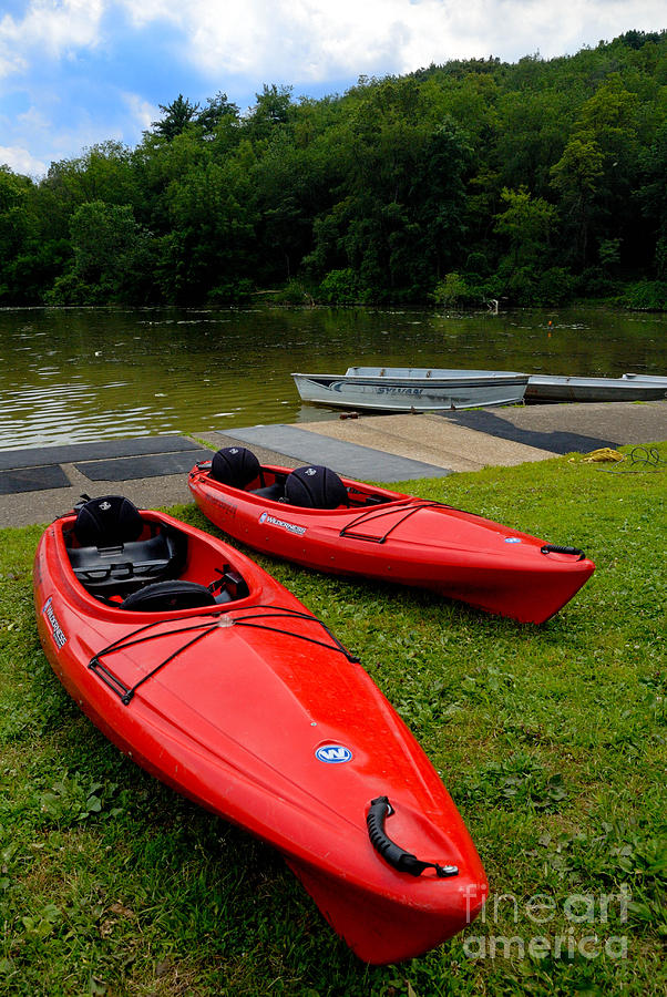 Allegheny County Photograph - Two Red Kayaks by Amy Cicconi
