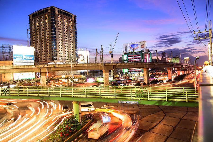 U-turn. 6d Photograph - U-turn by Mario Legaspi