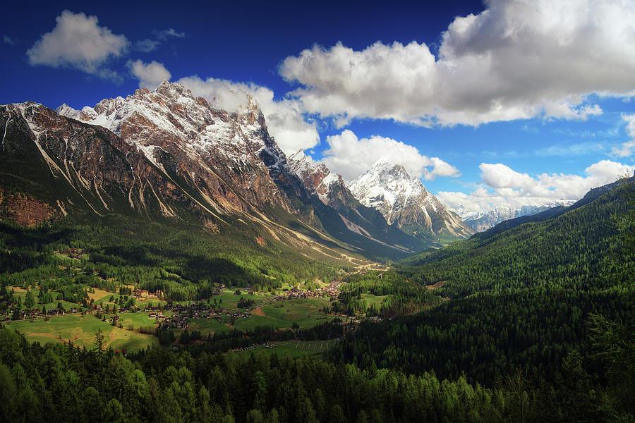 Italy Photograph - Un Valle by Juan Pablo De