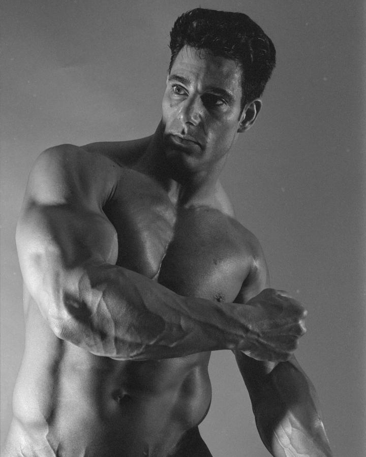 Bodybuilder Photograph - Uncaped Crusader by Thomas Mitchell
