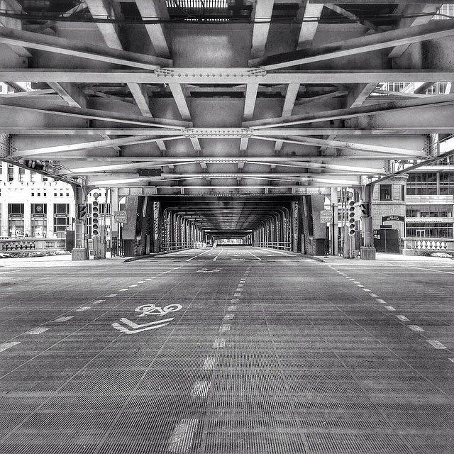 America Photograph - Chicago Wells Street Bridge Photo by Paul Velgos