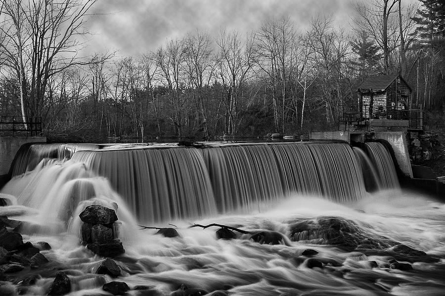 Union Dam by Thomas Lavoie