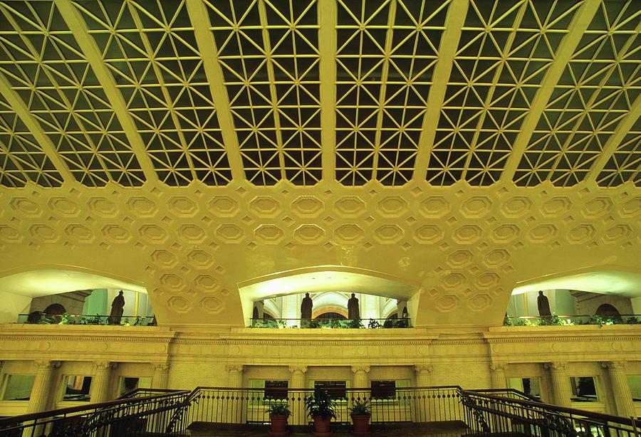 Union Station Interior, Washington Dc Photograph by Hisham Ibrahim
