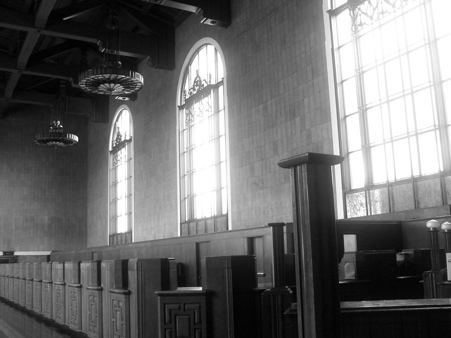 Los Angeles Photograph - Union Station Ticketing Room by Karyn Robinson