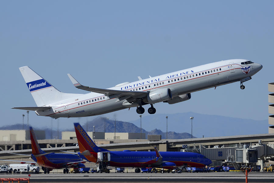 Airplane Photograph - United Boeing 737-924 N75436 Continental Retro Taking Off Phoenix Sky Harbor March 6 2015 by Brian Lockett