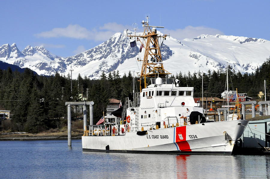 Cutter Photograph - United States Coast Guard Cutter Liberty by Cathy Mahnke