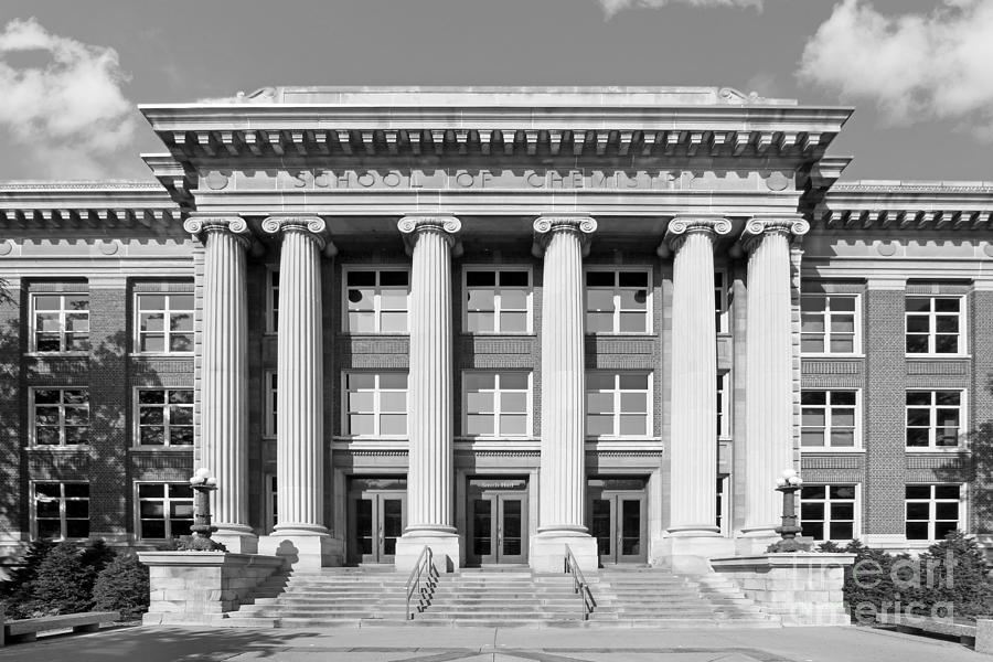 Aau Photograph - University Of Minnesota Smith Hall by University Icons