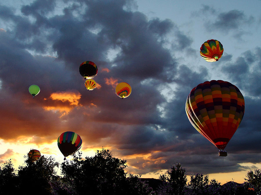 up up and away hot air balloons photograph by glenn mccarthy. Black Bedroom Furniture Sets. Home Design Ideas