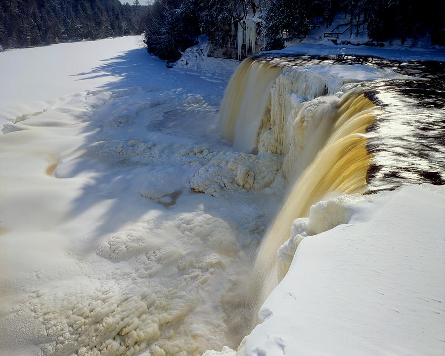 Upper Tahquamenon Falls Photograph - Upper Tahquamenon Falls by Tim Hawkins