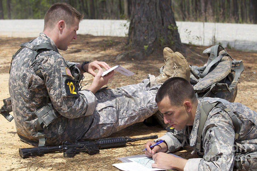 Fort Benning Photograph - U.s. Army Rangers Map Out Their Route by Stocktrek Images