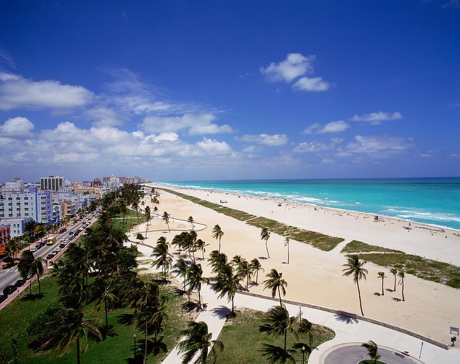 Miami Beach Chat Room