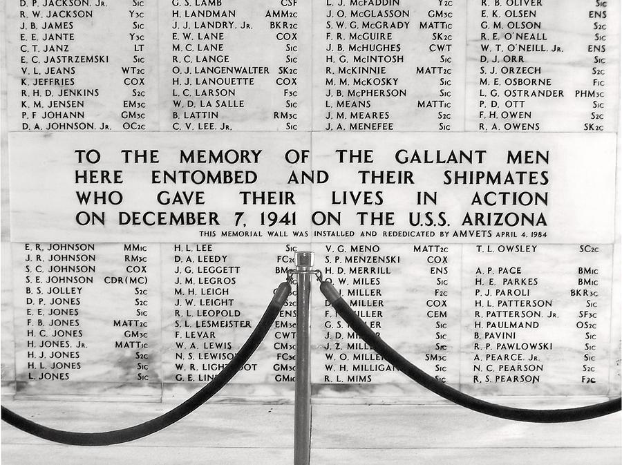 Pearl Harbor Memorial Photograph - U.s.s. Arizona Pearl Harbor Memorial by Barbara West
