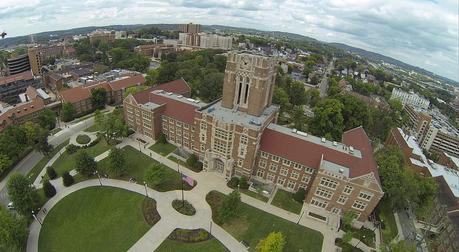 University Of Tennessee Photograph - Ut Ayres by Rick Lecture