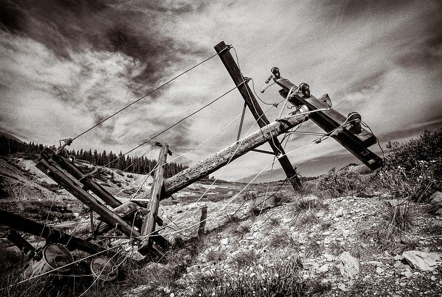 Abandoned Photograph - Quartz Mountain 26 by YoPedro