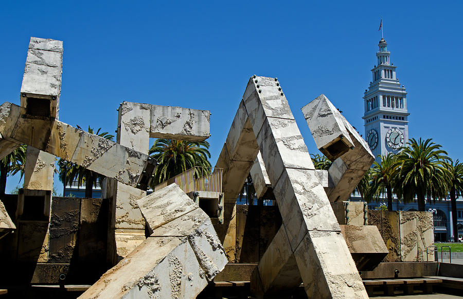 Vaillancourt Fountain