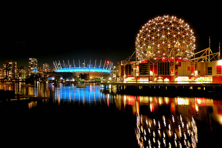Vancouver Photograph - Vancouvers Night Offerings by Brian Chase