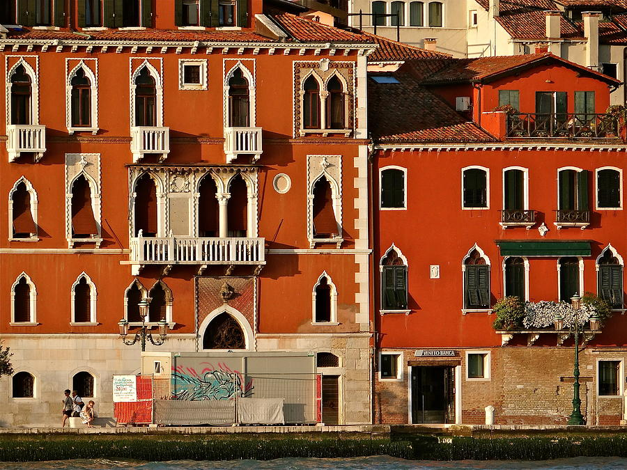 Venice Photograph - Venetian Red by Ira Shander