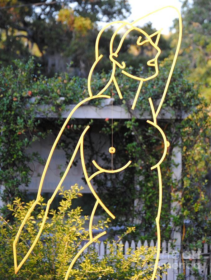 Venus De Milo Sculpture - Venus De Largo by Robert Buck