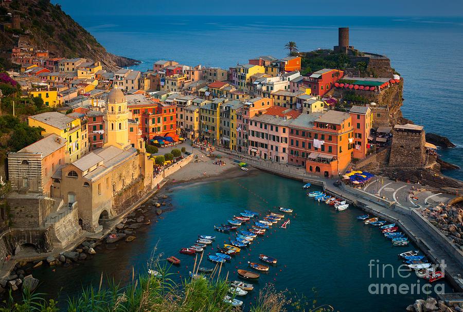 Cinque Terre Photograph - Vernazza Pomeriggio by Inge Johnsson