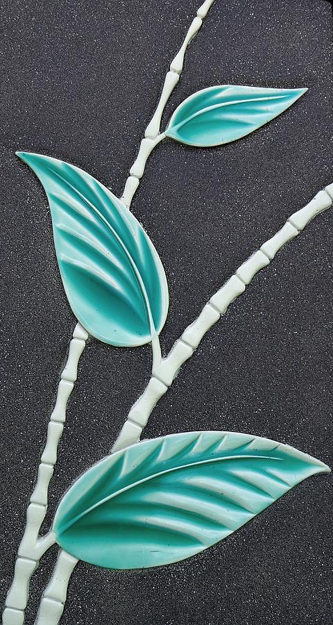 Nature Mixed Media - Vert Palms by Daniel Marlatt