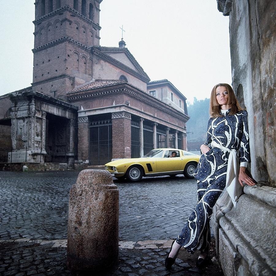 Veruschka Von Lehndorff Standing In Piazza Di San Photograph by Franco Rubartelli