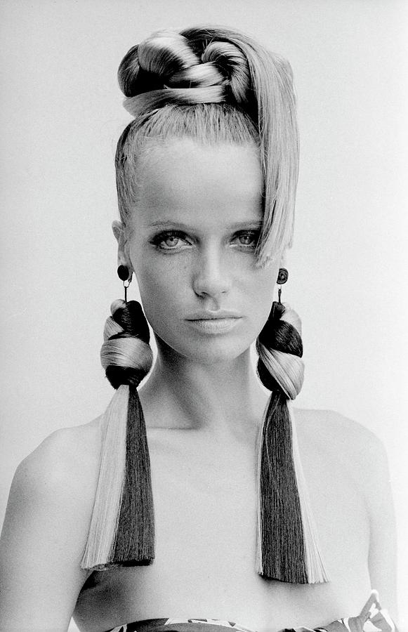 Veruschka Wearing Huff-gallant Earrings Photograph by Franco Rubartelli