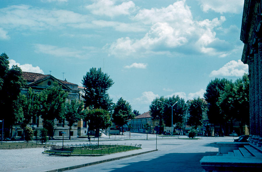 Vicenza Photograph - Vicenza Italy 3 1962 by Cumberland Warden