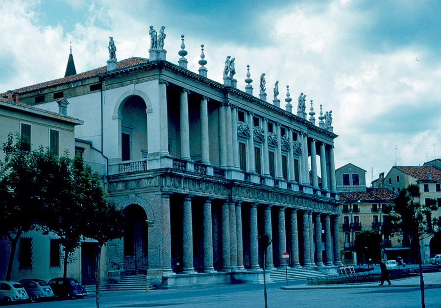 Vicenza Photograph - Vicenza Italy 4 1962 by Cumberland Warden