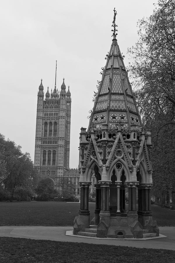 Victoria Garden Photograph - Victoria Tower Garden by Maj Seda