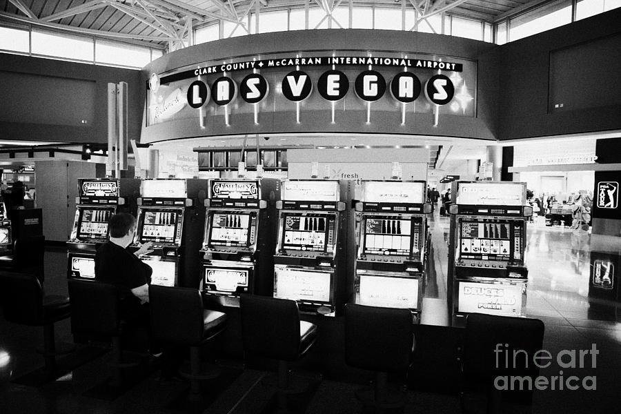 Video poker las vegas airport brunch casino imperial annecy