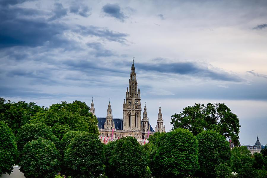 Vienna Photograph - Vienna Rathaus by Viacheslav Savitskiy