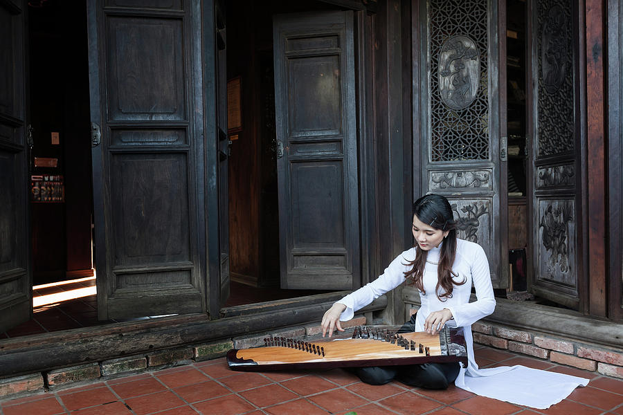 Vietnamese Ao Dai Playing Orchestra Photograph by Jethuynh