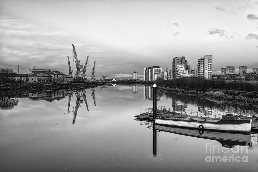 Glasgow Regenerated Photograph - View Down The Clyde Mono by John Farnan
