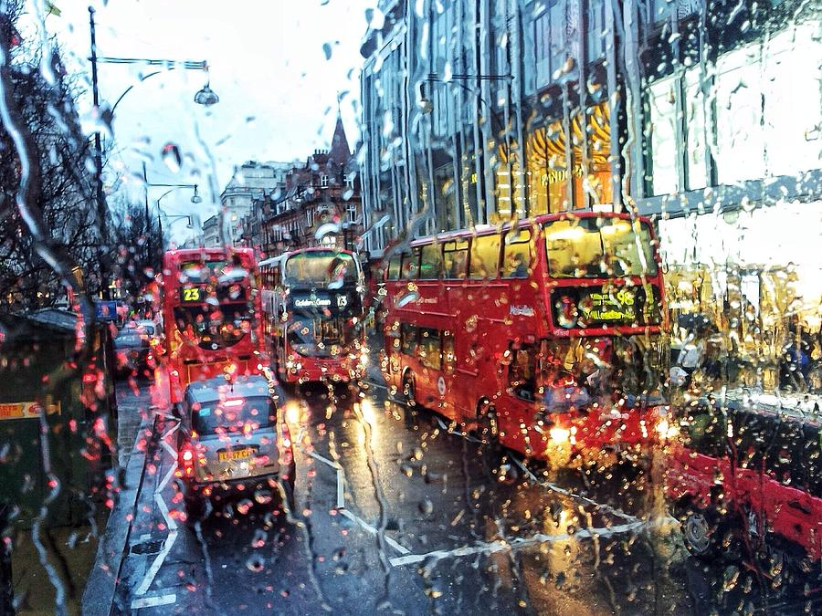View Of Traffic Through Wet Window Photograph by Silvia Michelucci / Eyeem