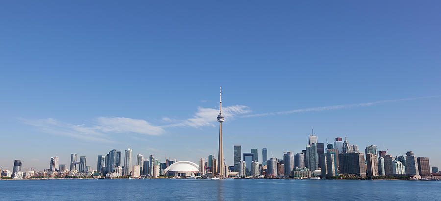 View Over Lake Ontario Towards Downtown Photograph by Mark Thomas / Design Pics