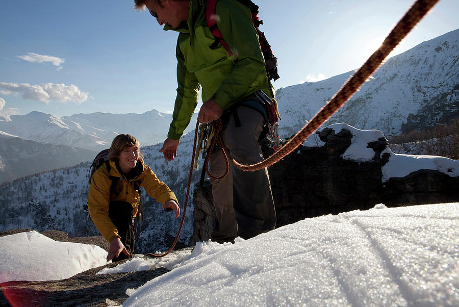 New Photograph - View Past Rope To Climbers Helping Team by Philip & Karen Smith / TFA