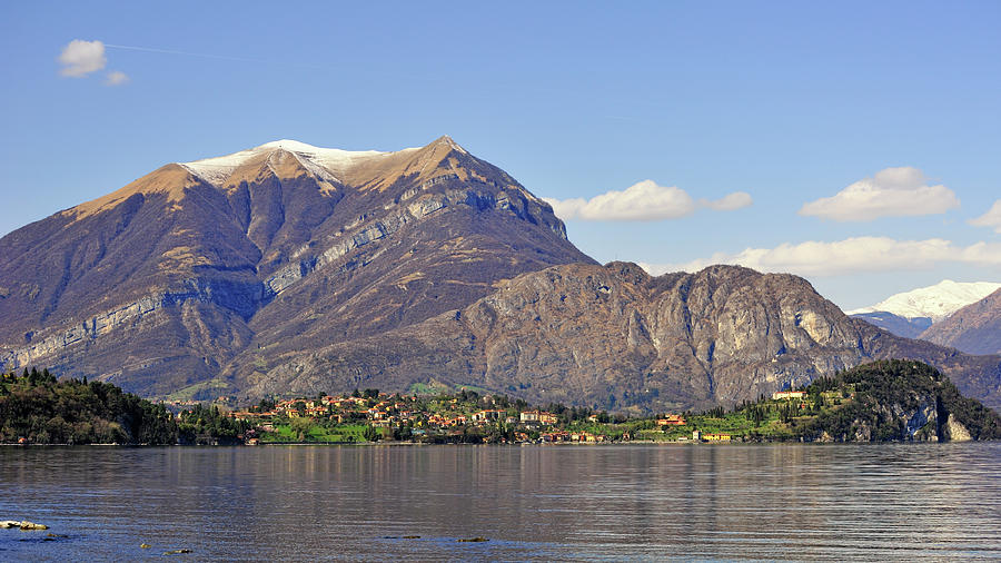 Village Of Bellagio Photograph by Photo By Raul Garcia