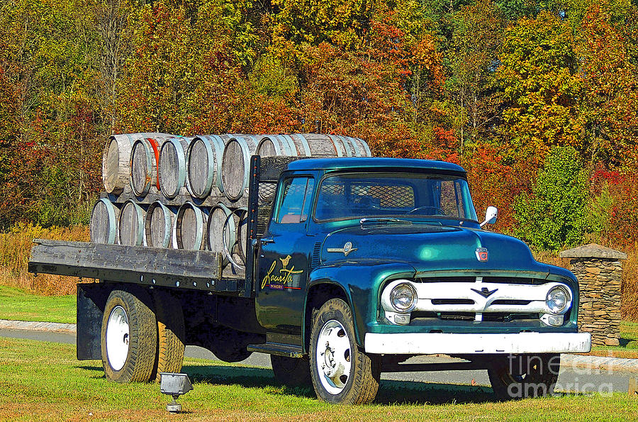 Laurita Winery Photograph - Vineyard Truck by Marian DeSalvo-Rodgers