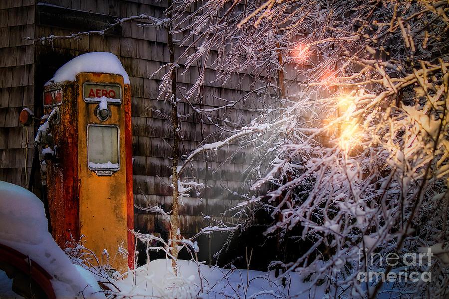 Gas Photograph - Vintage Aero Gas Pump by Brenda Giasson