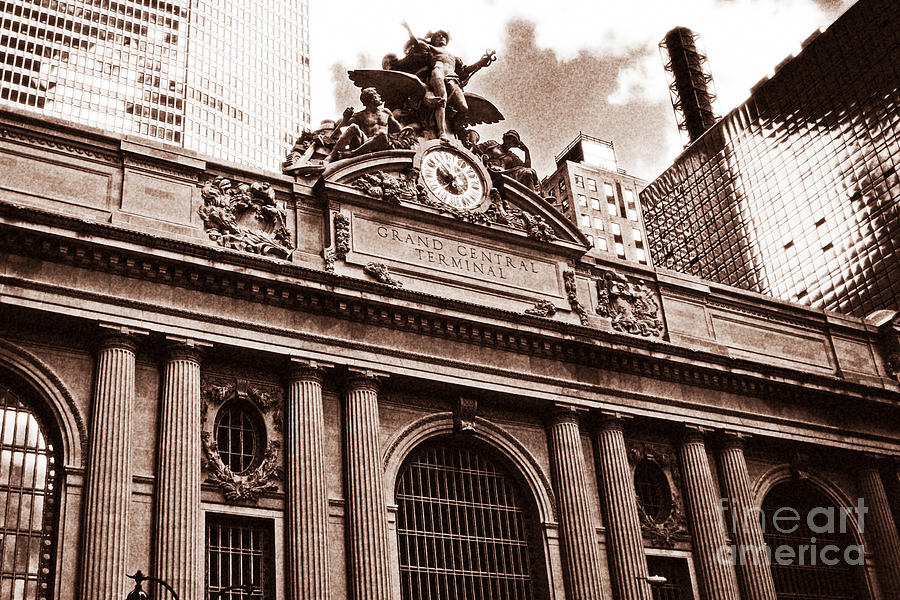 New York City Photograph - Vintage Grand Central Terminal by John Rizzuto