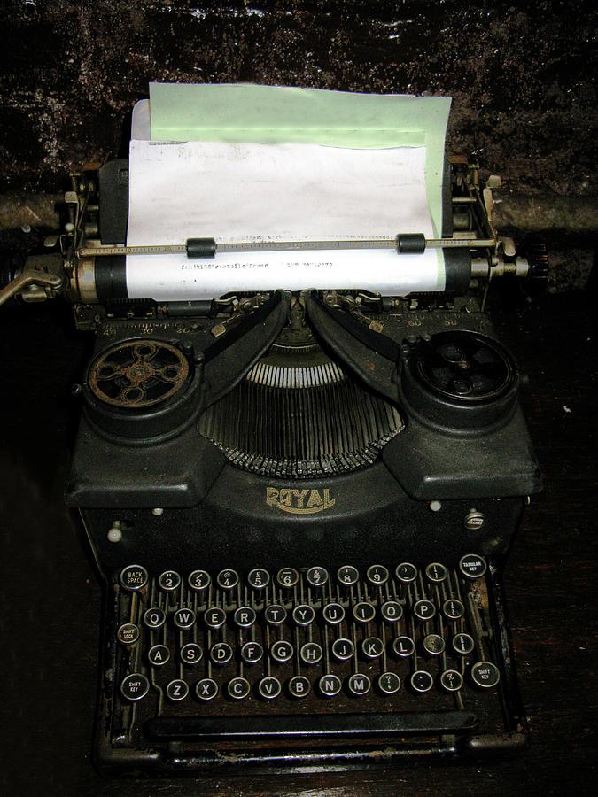 Typewriter Photograph - Vintage Typewriter Mechanical by Tom Conway