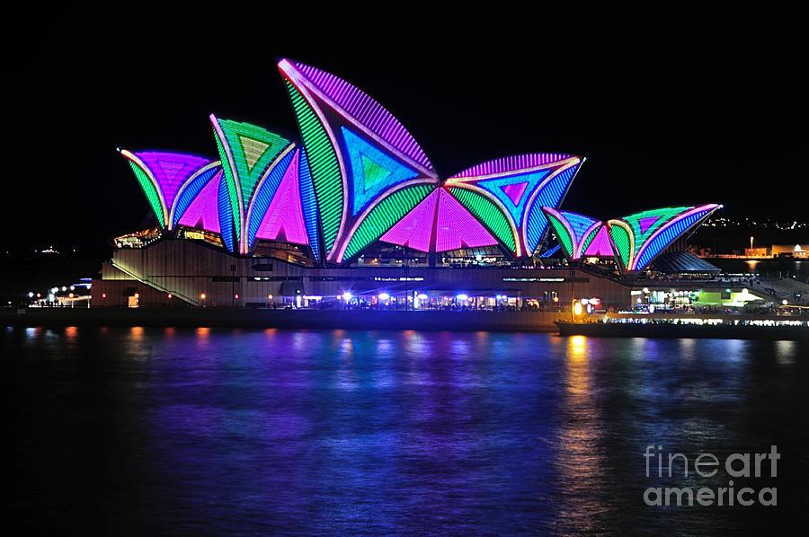 Vivid Sydney Photograph - Vivid Sydney By Kaye Menner - Opera House... Patterns 2 by Kaye Menner